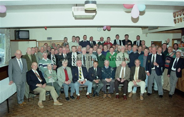 Image: Large group of former players